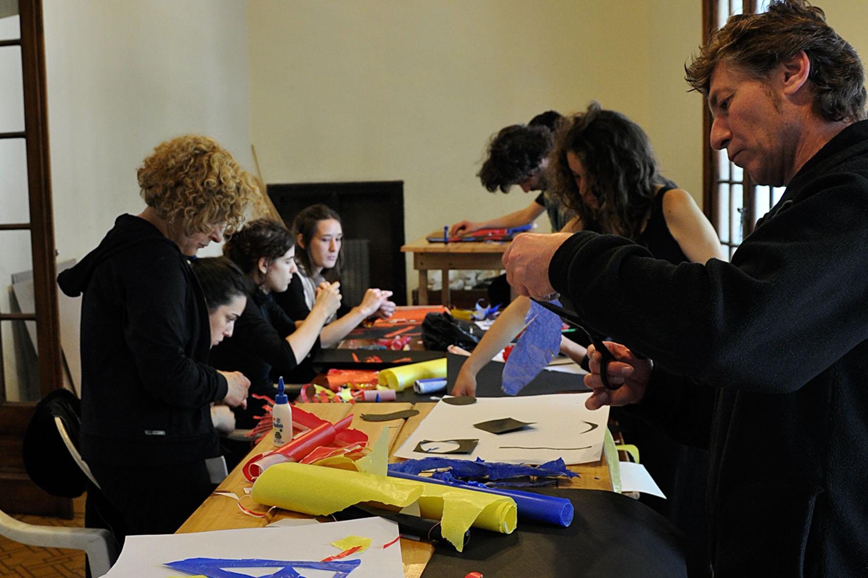 Workshop Estudio del movimiento, encadré par Azul Borenstein et Claudia Urrutia. Cabuia teatro. Argentina, Buenos Aires-2010